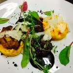 Grillitud veiselihalõigud parmesani_ safraniriisi ja küpsetatud portobello seentega